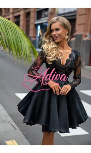 Luxusné čierne volánové šaty s dlhým čipkovanými rukávmi