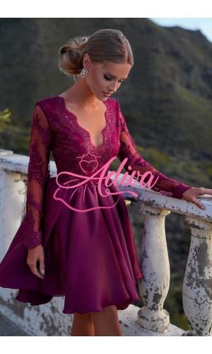 Luxusné  volánové šaty s dlhým čipkovanými rukávmi