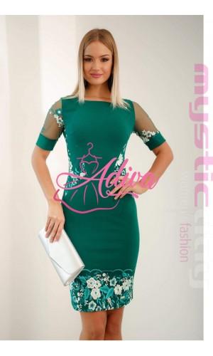 Zelené krátke šaty s kvetinovou výšivkou