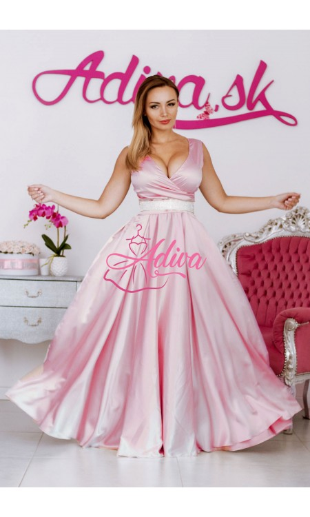 Ružové dlhé spoločenské šaty so štrasovým opaskom