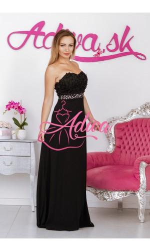 Čierne spoločenské šaty s 3D kvetmi