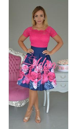 Krátka kvietkovaná áčková sukňa
