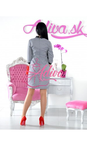 Elegantné šaty s golierom