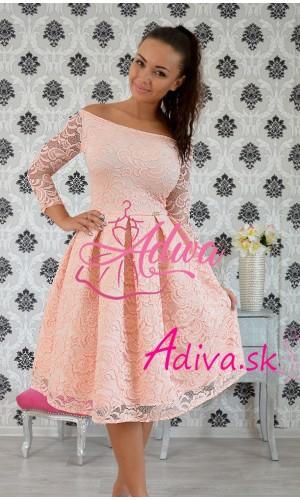 Krajkované elegantné midi šaty ružové