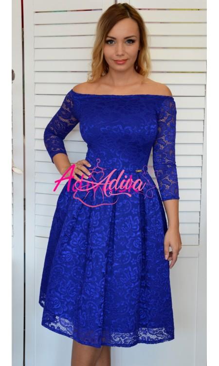 Krajkované midi šaty kralovsky modré