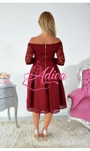 Krajkované midi šaty bordové