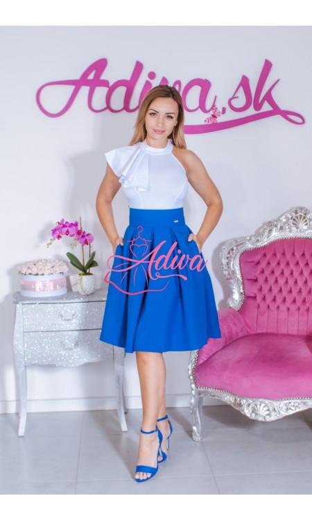 Modrá krátka áčková sukňa