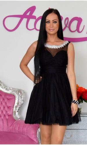 a8b609206 Krátke spoločenské šaty s tylovou sukňou